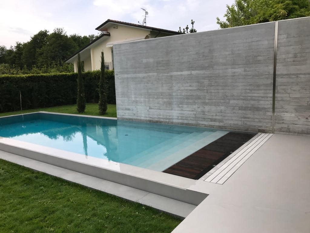 kratka przelewowa basenowa gresowa kamienna kolorowa basen infinity przelewowy płytka basenowa marmurowa